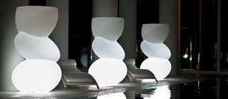 Полиэтиленовая светящаяся ваза с легкими с мягкими формамиTwentyfirstCaprice
